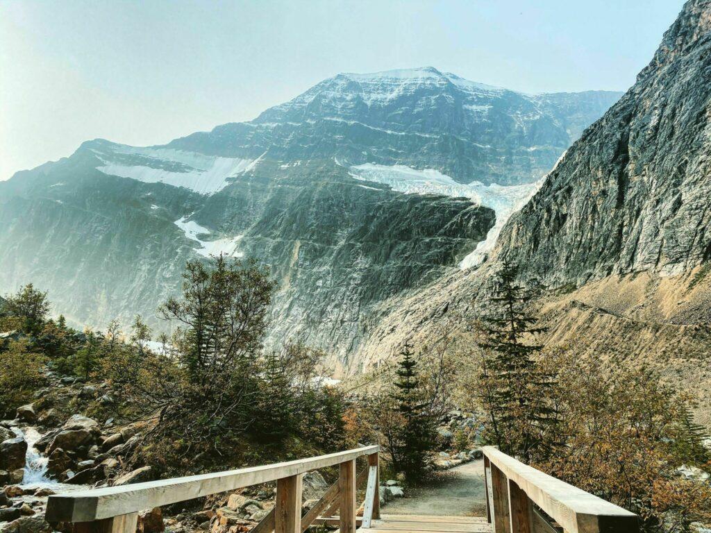 East Ridge Summit via Mount Edith Cavell Meadows Trail