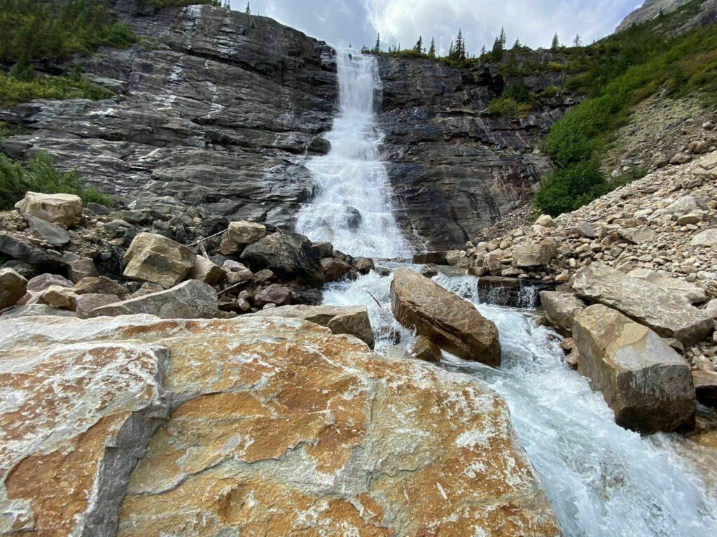 Geraldine Lakes Trail: Second Lake