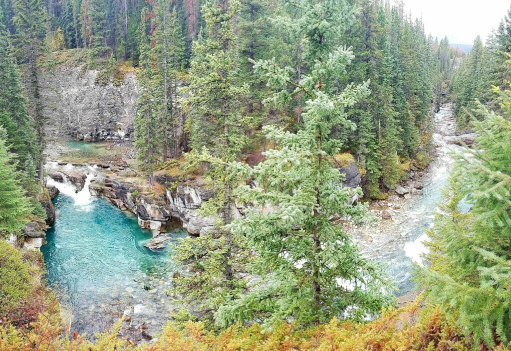 Maligne Canyon Loop Trail