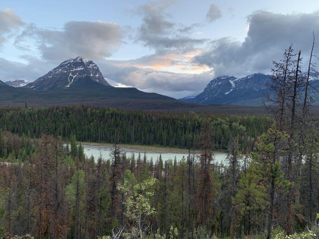 HI Athabasca Falls Wilderness Hostel Trail
