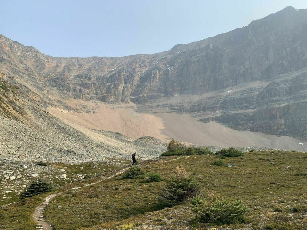 Mount Edith Cavell via Astoria River Trail